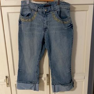 A cropped pair of jeans in size 18